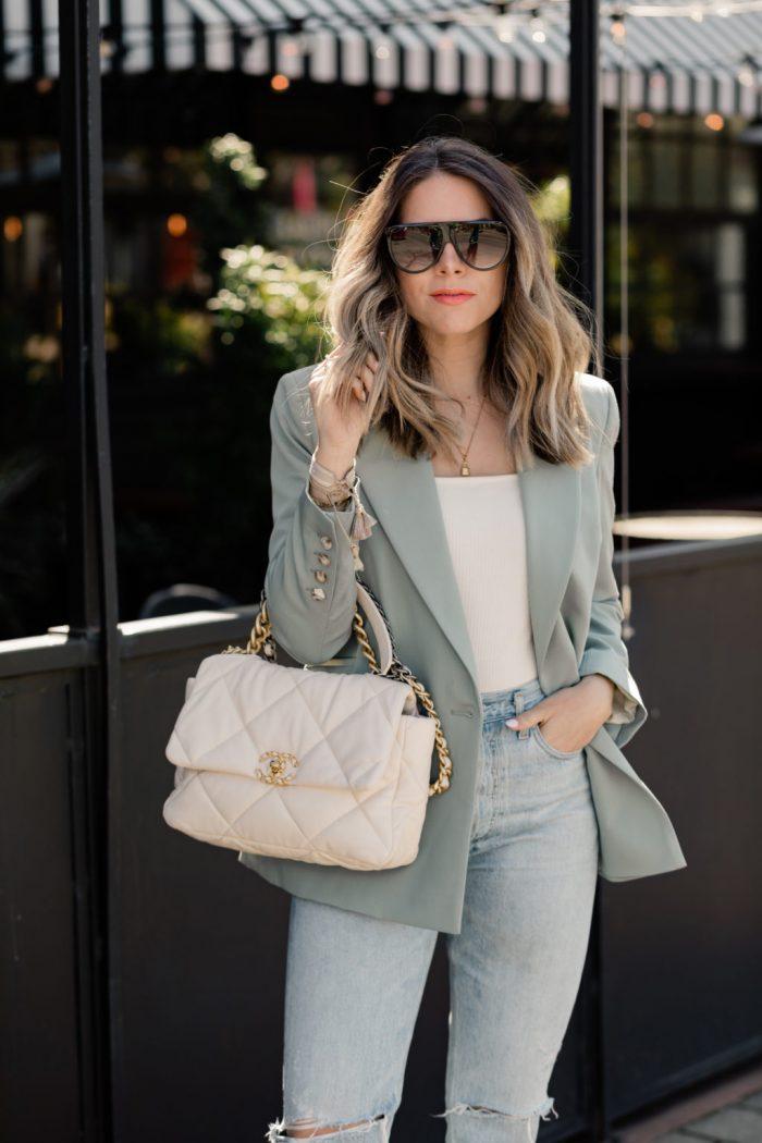 Túi xách Chanel 19