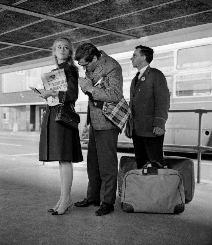 Nữ minh tinh người Mỹ Jane Fonda và nam diễn viên Anh Quốc Peter McEnery